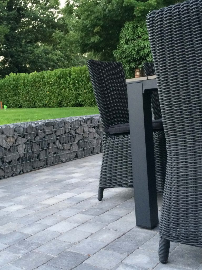 salon jardin paves terrasse